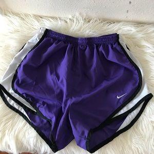 Nike Women's Dry zFit Tempo Shorts Size Small